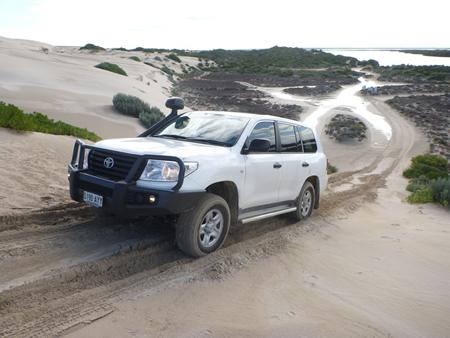 Tyre Dramas on 200 Series LandCruiser No More! - Adventure 4WD