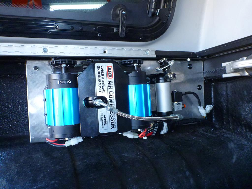 Air Compressors Must Have 4wd Accessory Adventure Arb Locker Wiring Harness The Unit Looks Mighty Smart Too With Its Trademark Anodised Blue Body Bolted Up On Our Backing Plate Along Manifold Storage Tank And Relay It
